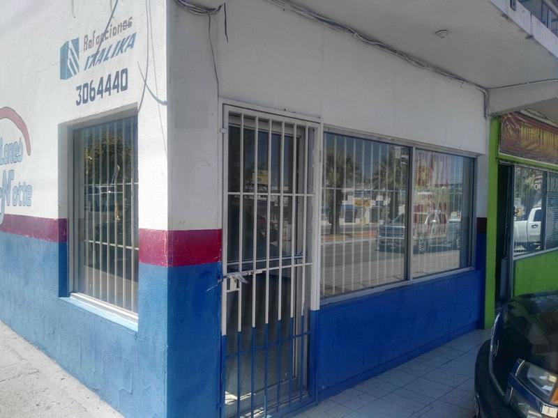 Foto Local en Renta en  Las Granjas,  Chihuahua  Local Comercial Renta Av. Vallarta $7,000   IVA Albmar ECA1