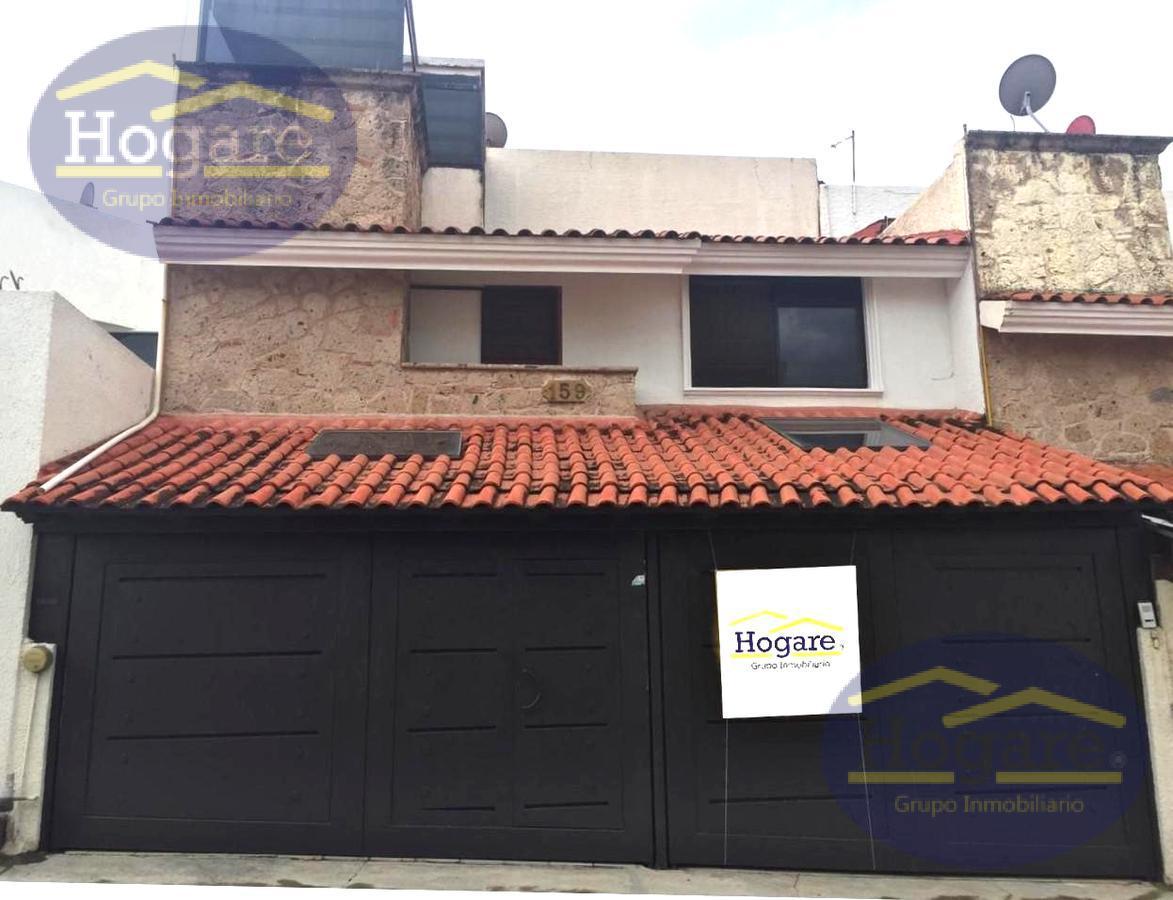 Hermosa Casa en Venta, precio de Oportunidad!! dentro de privada en Bosques del Refugio, León, Gto.