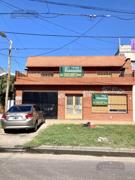 Foto Casa en Venta en  Adrogue,  Almirante Brown  AVENIDA SAN MARTIN 254