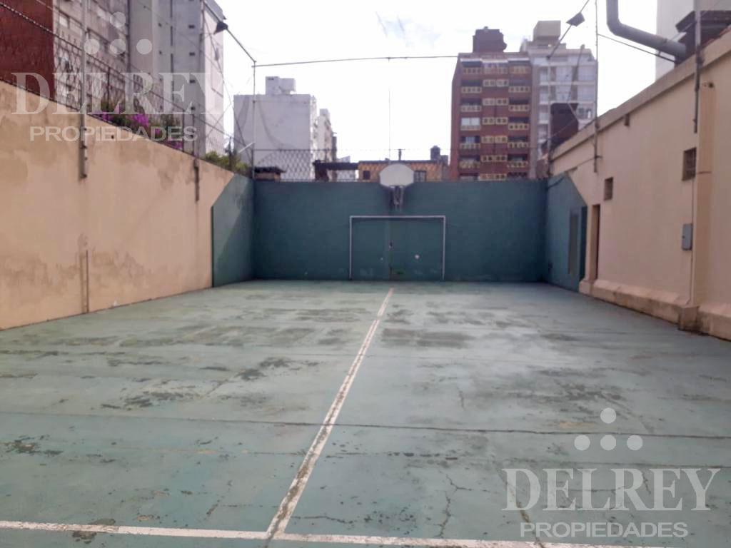 Foto Departamento en Alquiler | Venta en  Pocitos ,  Montevideo  Bvar España y Ellauri
