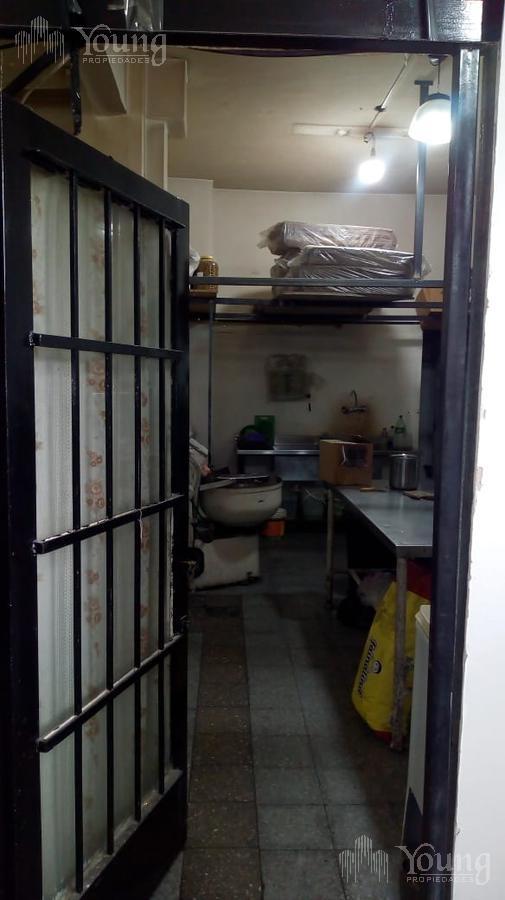 Foto Local en Venta en  Villa Dominico,  Avellaneda  CENTENARIO URUGUAYO al 1100
