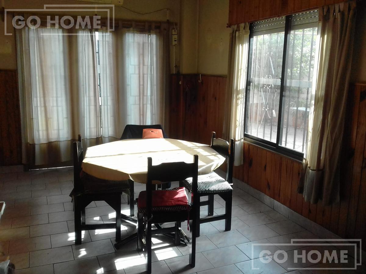 Foto Casa en Venta en  Ituzaingó ,  G.B.A. Zona Oeste  Florida al 2100