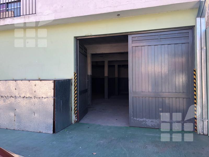 Foto Galpón en Venta en  La Plata ,  G.B.A. Zona Sur  al 500