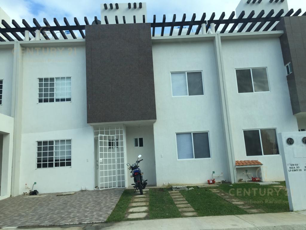 Foto Casa en Renta en  Playa del Carmen ,  Quintana Roo  Casa en RENTA Los Olivos 3 recamaras 3 baños equipada complejo con seguridad y alberca  P3062