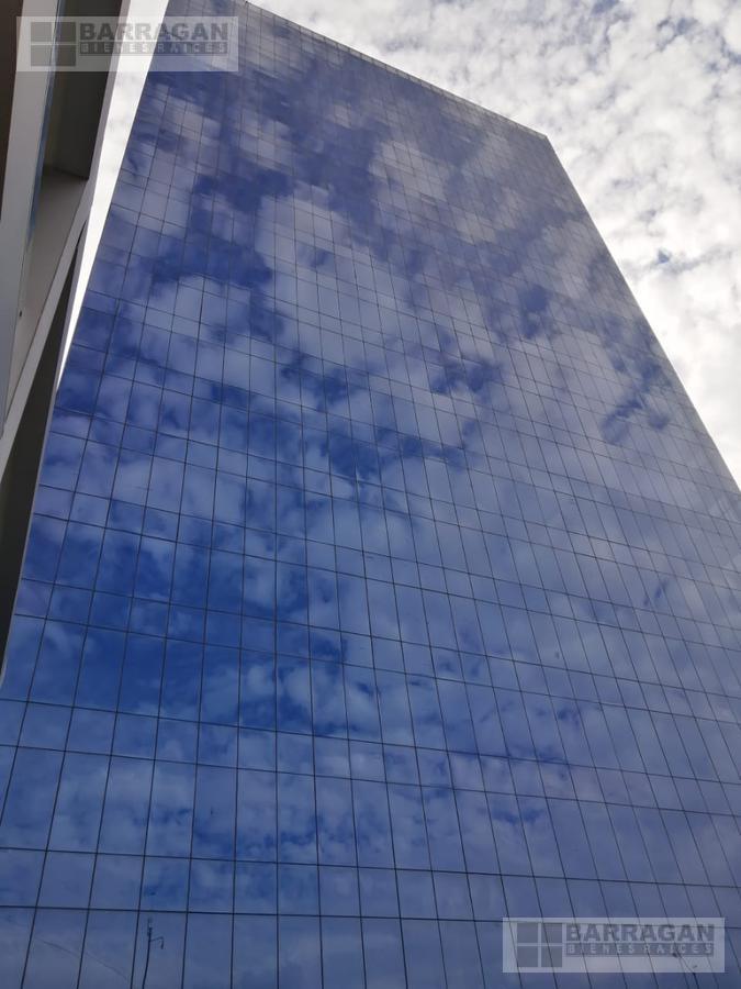Foto Oficina en Renta en  Lomas del Marqués,  Querétaro  Oficina en Venta y Renta en Edificio Corporativo Titanium
