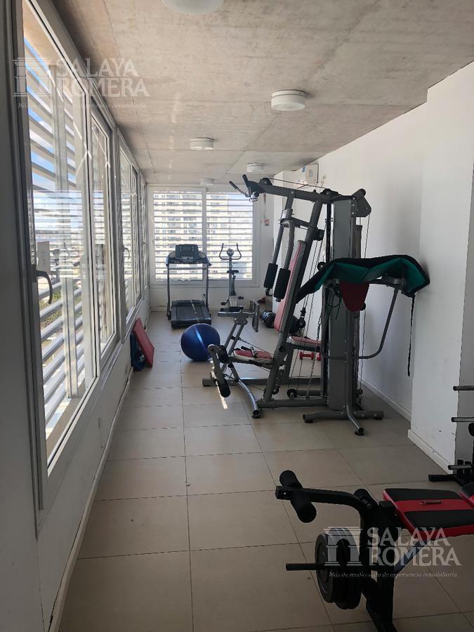 Foto Departamento en Venta en  Olivos,  Vicente López  Juan Bautista Alberdi 439