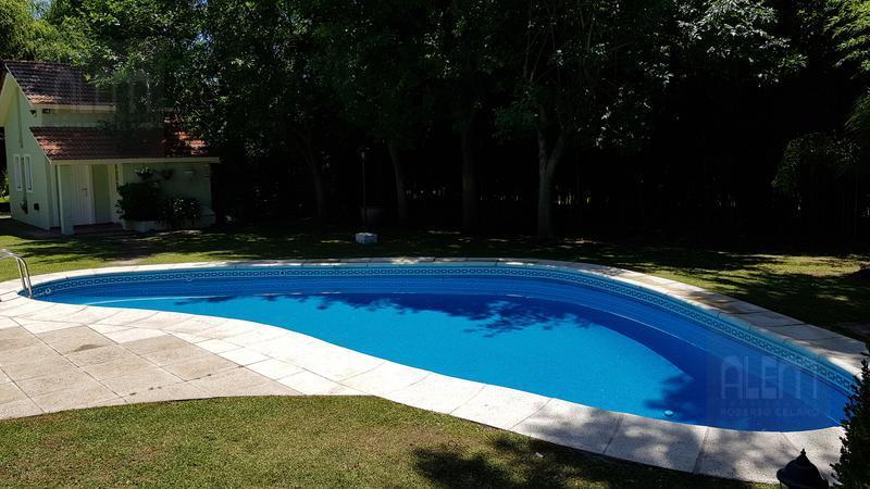 Foto Casa en Alquiler temporario en  Tristan Suarez,  Ezeiza  Club Privado El Ombu