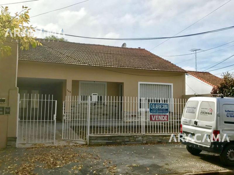 Foto Casa en Alquiler en  Monte Grande,  Esteban Echeverria  Gral Lavalle al 100