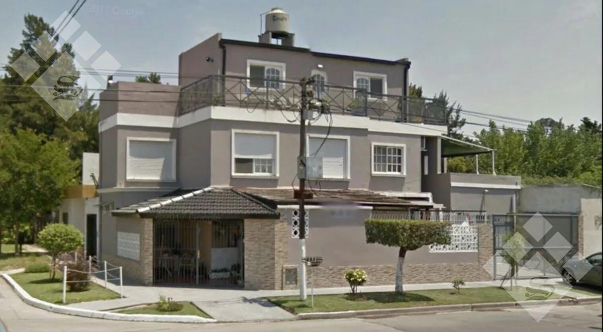 Foto Casa en Venta en  Castelar Sur,  Castelar  Gustavino al 3500
