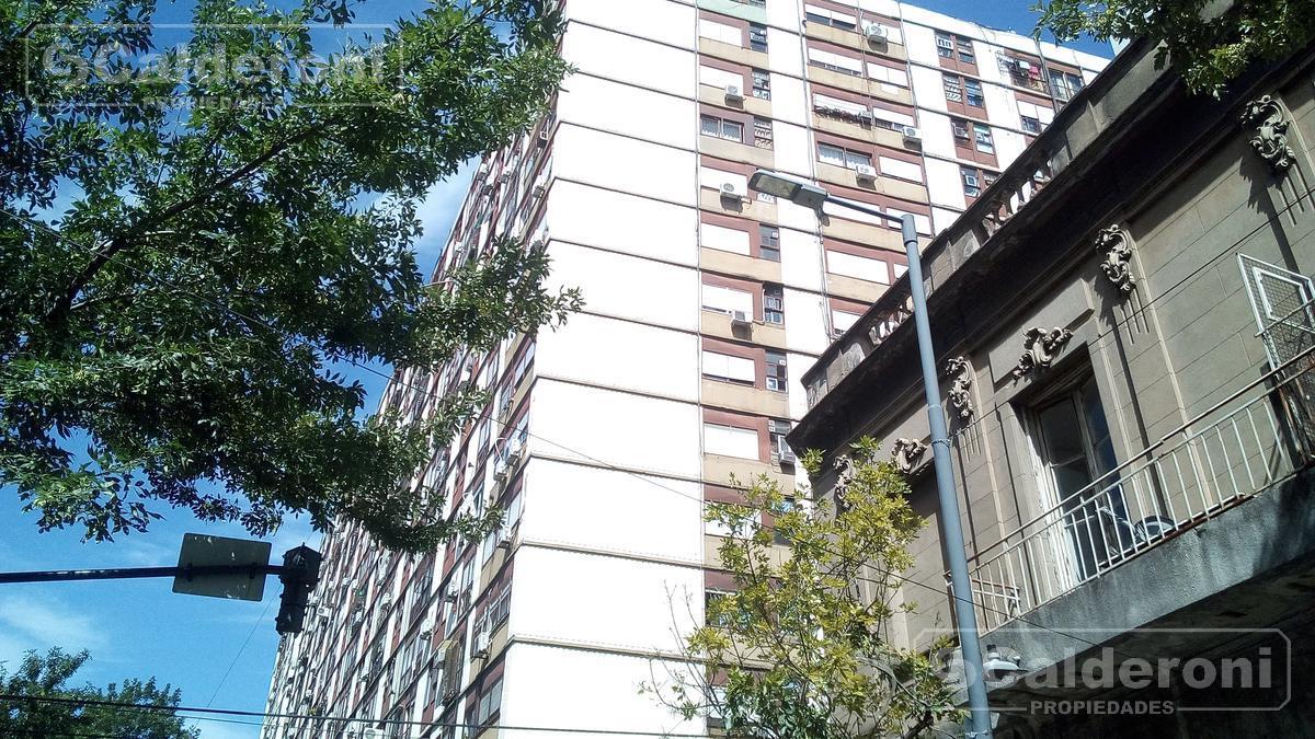 Foto Departamento en Venta en  San Cristobal ,  Capital Federal  La Rioja al 1100, Piso 11