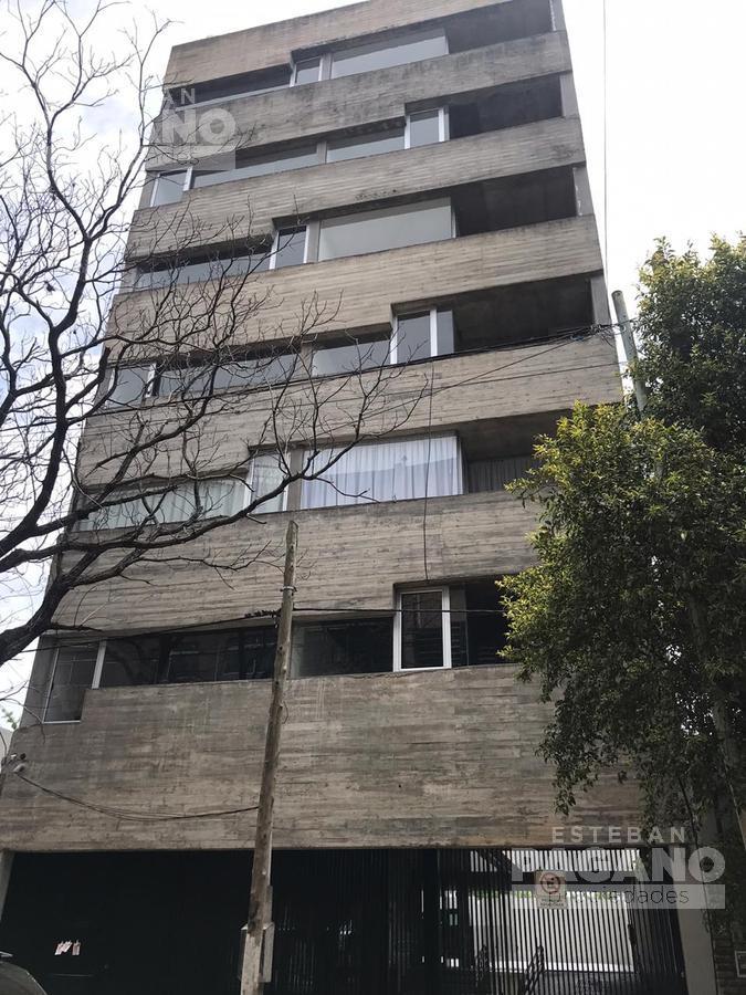 Foto Departamento en Venta en  La Plata ,  G.B.A. Zona Sur  65 e 14 y 15 N° 973