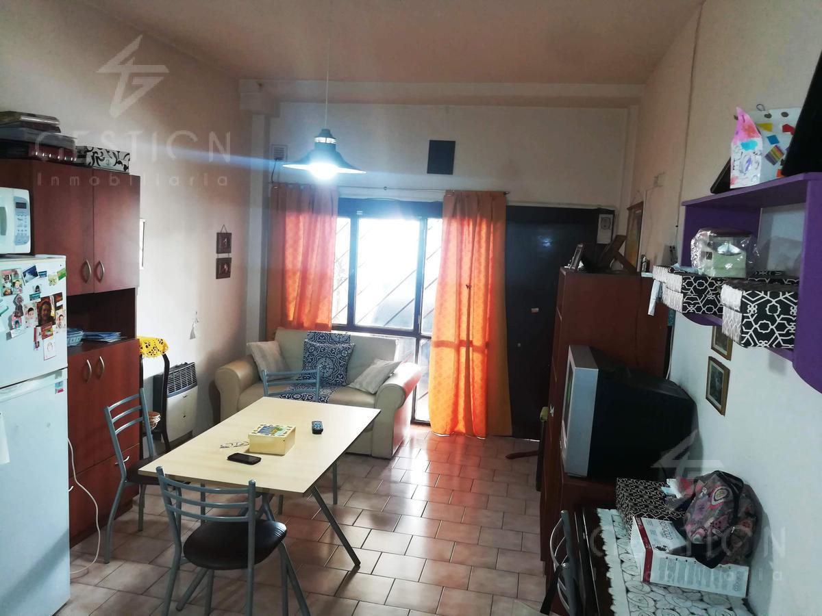 Foto Departamento en Venta en  Villa Carlos Paz,  Punilla  venta depto   cochera Carlos Paz