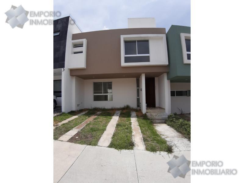 Foto Casa en Renta en  Tlajomulco de Zúñiga ,  Jalisco  Casa Renta El Origen Coto Torrenta #229 $10,700 A257 E1