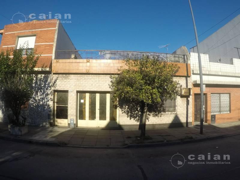 Foto Casa en Venta en  Mataderos ,  Capital Federal  Zelada al 7200, CABA