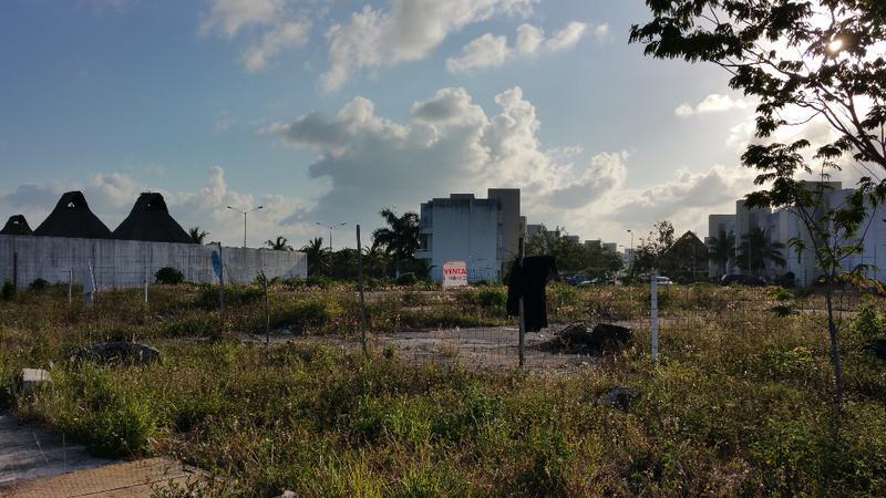 Foto Terreno en Venta en  Villas Maya,  Solidaridad  Final Avenida Universidades