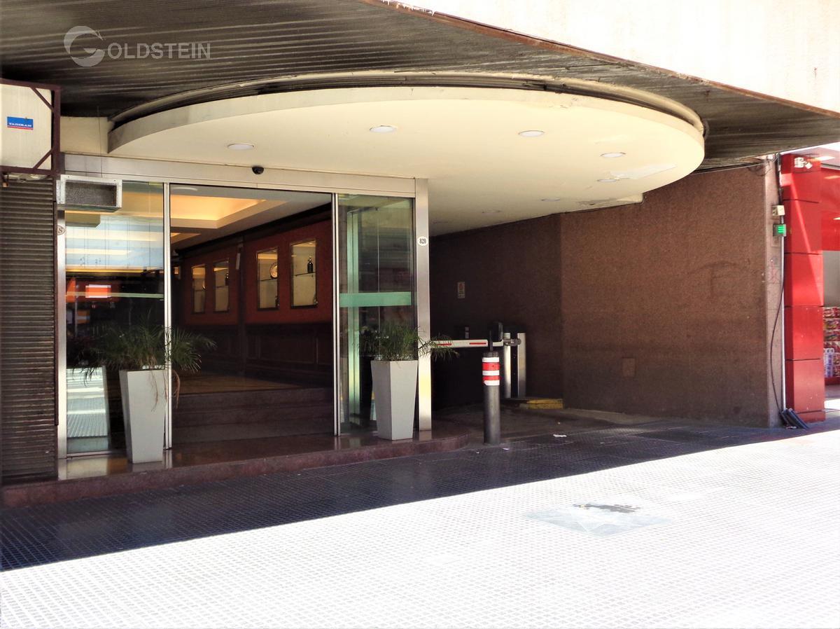 Foto Departamento en Alquiler en  Microcentro,  Centro (Capital Federal)  Corrientes al 800