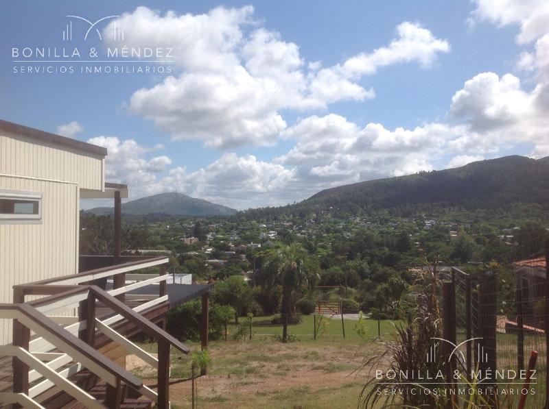 Foto Casa en Alquiler temporario en  Cerro San Antonio,  Piriápolis  Excelente vista al mar y a los cerros