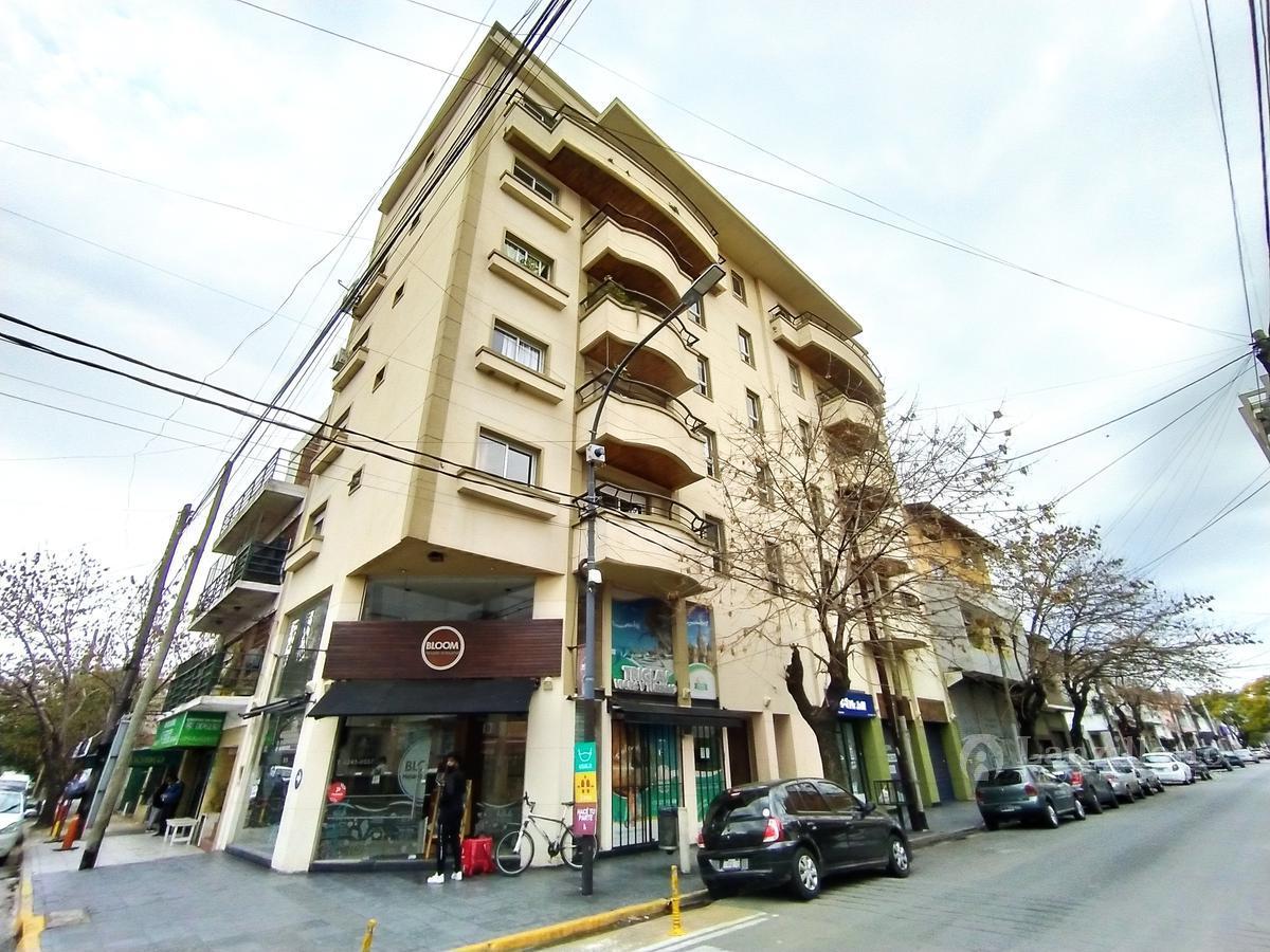 Foto Departamento en Venta |  en  Lanús Este,  Lanús  ituzaingo al 1600 *venta directa*