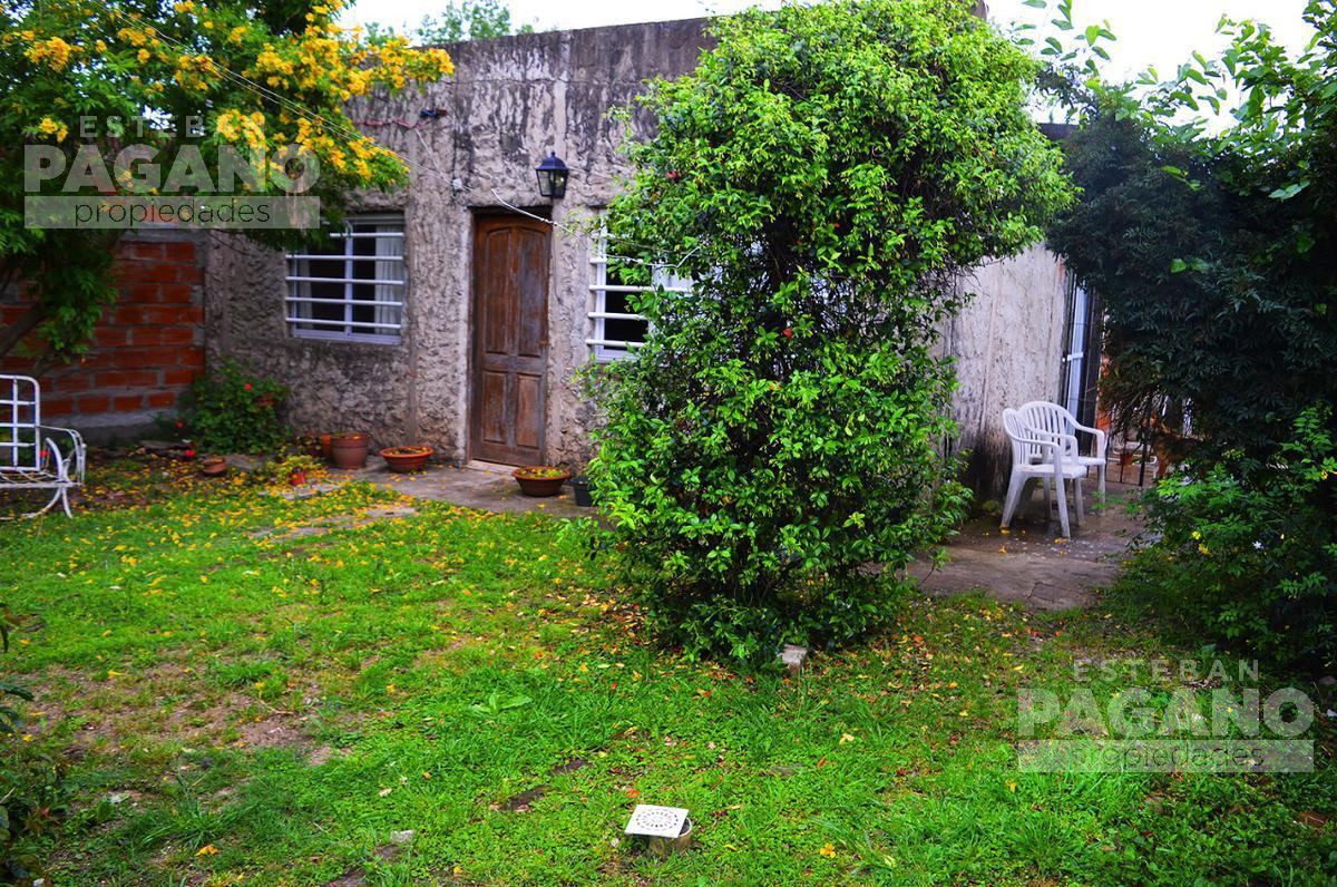 Foto Casa en Venta en  Los Hornos,  La Plata  73 e 138 y 139