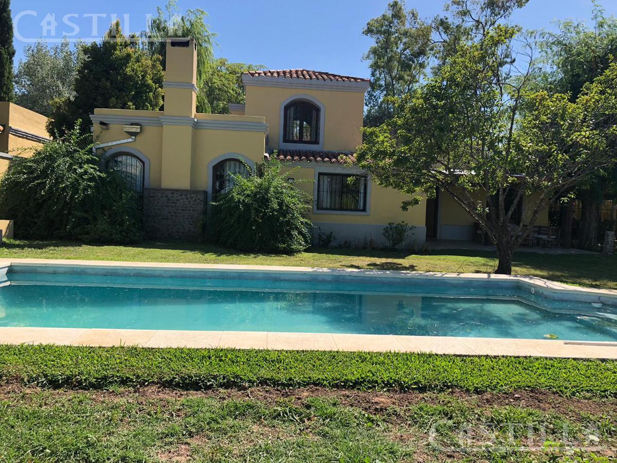 Foto Casa en Alquiler temporario en  Countries/B.Cerrado (Pilar),  Pilar  km 56,5 Ramal Pilar