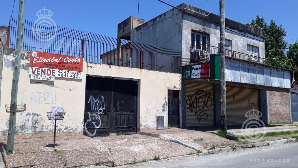 Foto Galpón en Venta en  Lanús Este,  Lanús          Achaval al 3900