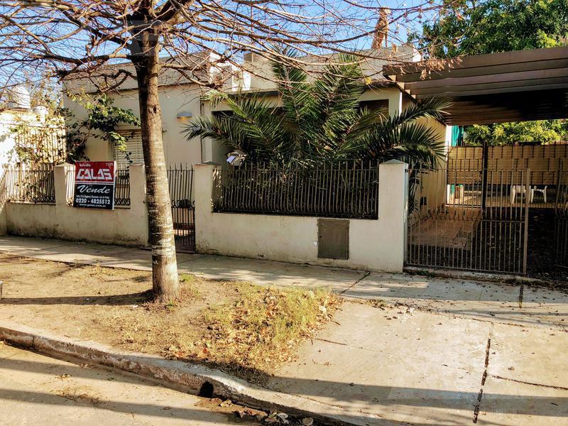 Foto Casa en Venta en  Ituzaingó ,  G.B.A. Zona Oeste  Grecia al 3000