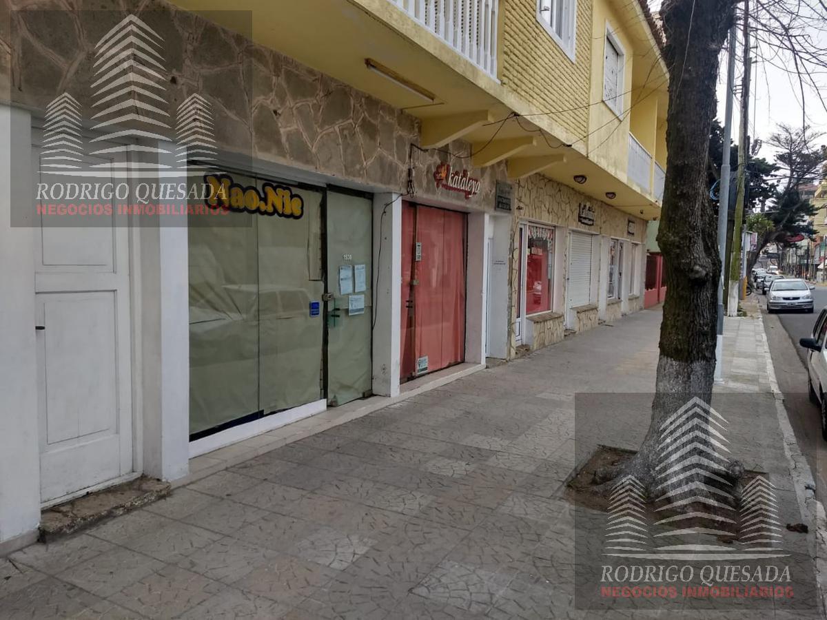 Foto Local en Alquiler en  San Bernardo Del Tuyu ,  Costa Atlantica  Chiozza 1900