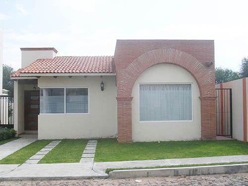Foto Casa en Renta en  Fraccionamiento Residencial Haciendas de Tequisquiapan,  Tequisquiapan  Bella casa en excelente estado