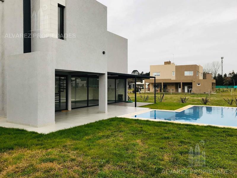 Foto Casa en Venta en  Prados del Oeste,  Moreno  Independencia al 100