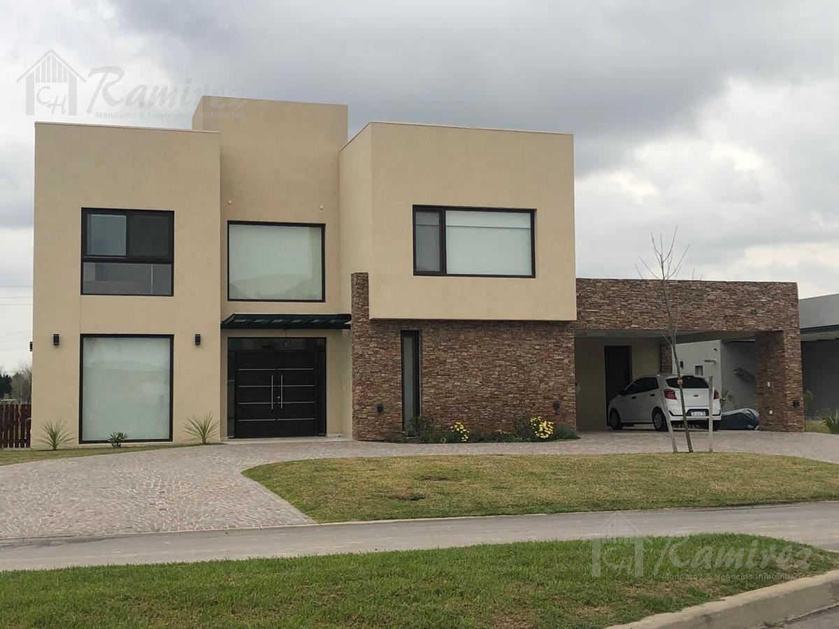 Foto Casa en Venta en  Terravista,  Countries/B.Cerrado (G. Rodriguez)  Colectora Norte Acceso Oeste