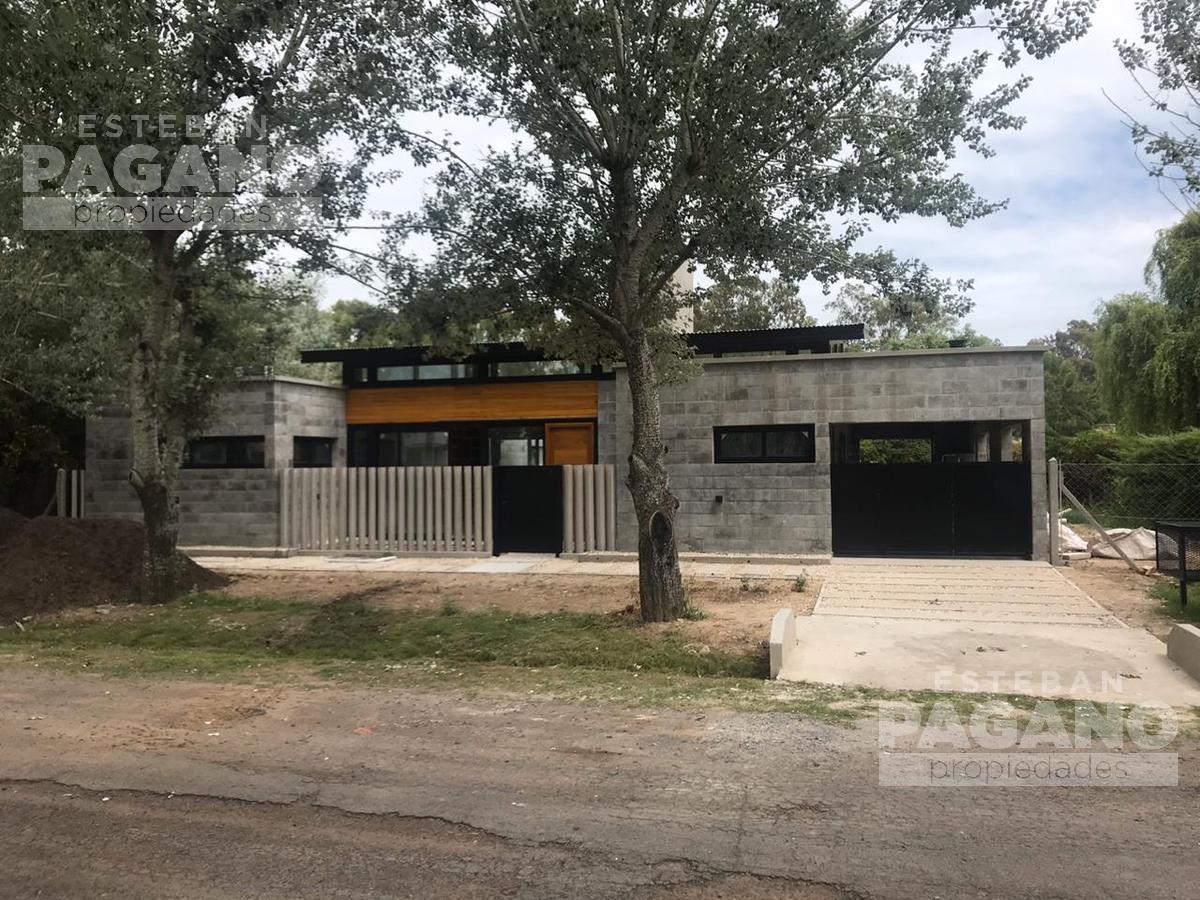 Foto Casa en Venta en  Countries/B.Cerrado (La Plata),  La Plata  Haras de Sur I