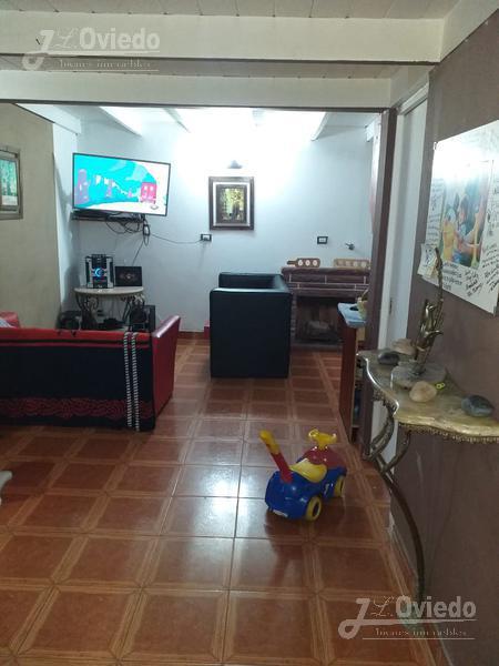 Foto Casa en Venta en  La Reja,  Moreno  Santa teresa de Jesus al 2500