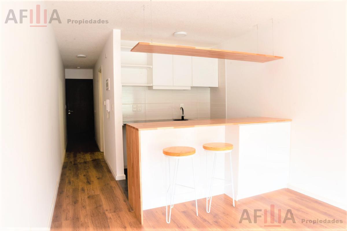 Foto Apartamento en Alquiler en  Pocitos ,  Montevideo  Av. Soca 1300