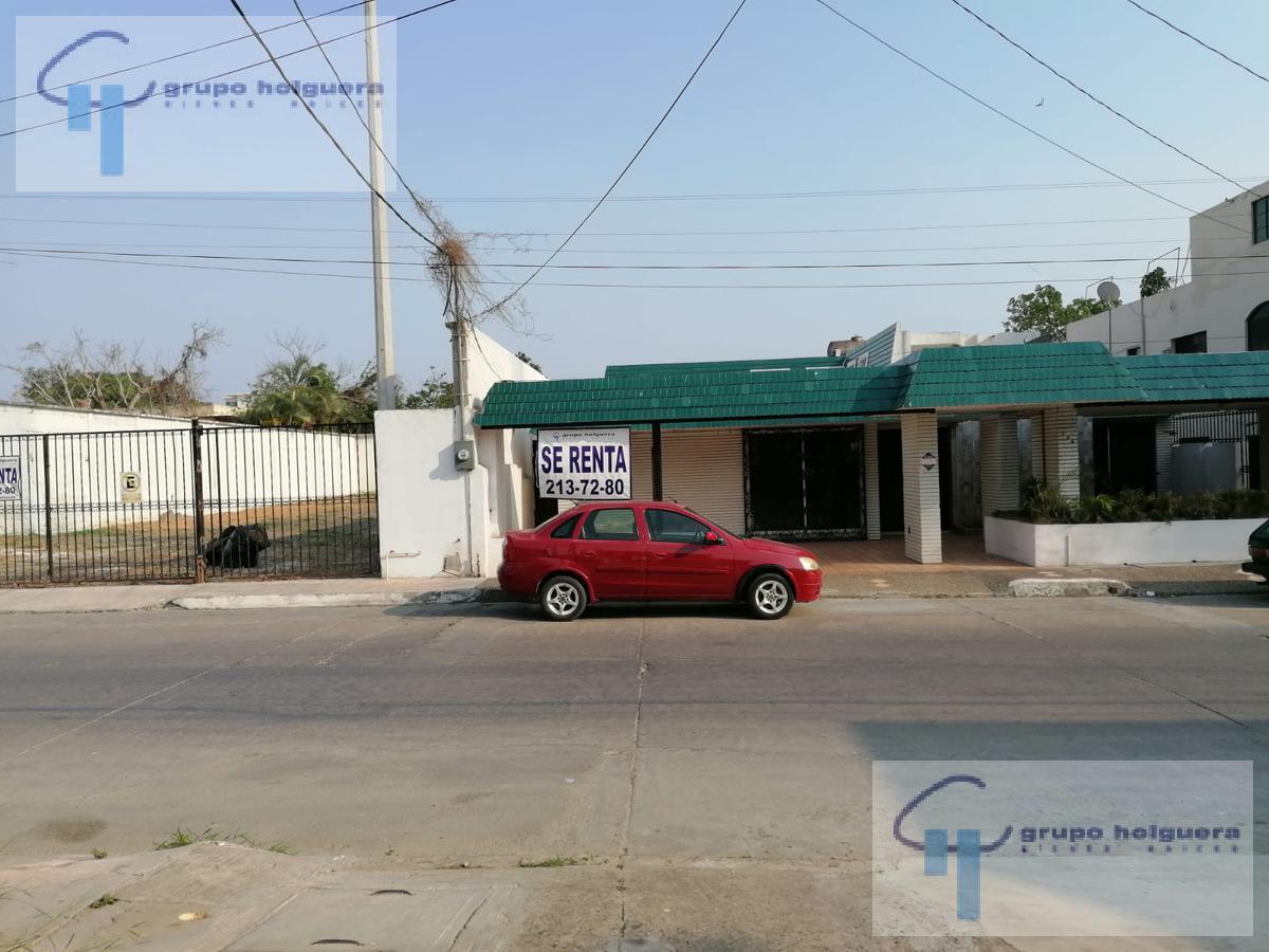 Foto Local en Renta en  Tampico ,  Tamaulipas  CASA EN RENTA, EXCELENTE PARA RESTAURANT U OFICINA Y AMPLIO TERRENO A UN LADO PARA ESTACIONAMIENTO, UBICADA EN CALLE MEXICO, COL. GUADALUPE TAMPICO, TAM.