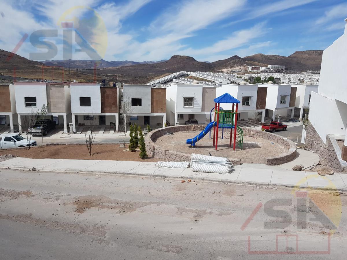 Foto Casa en Renta en  Chihuahua ,  Chihuahua  CIRCUITO CALICANTO