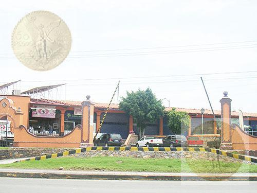 Foto Local en Venta |  en  Vista Hermosa,  Tequisquiapan  Local-bodega en plaza comercial