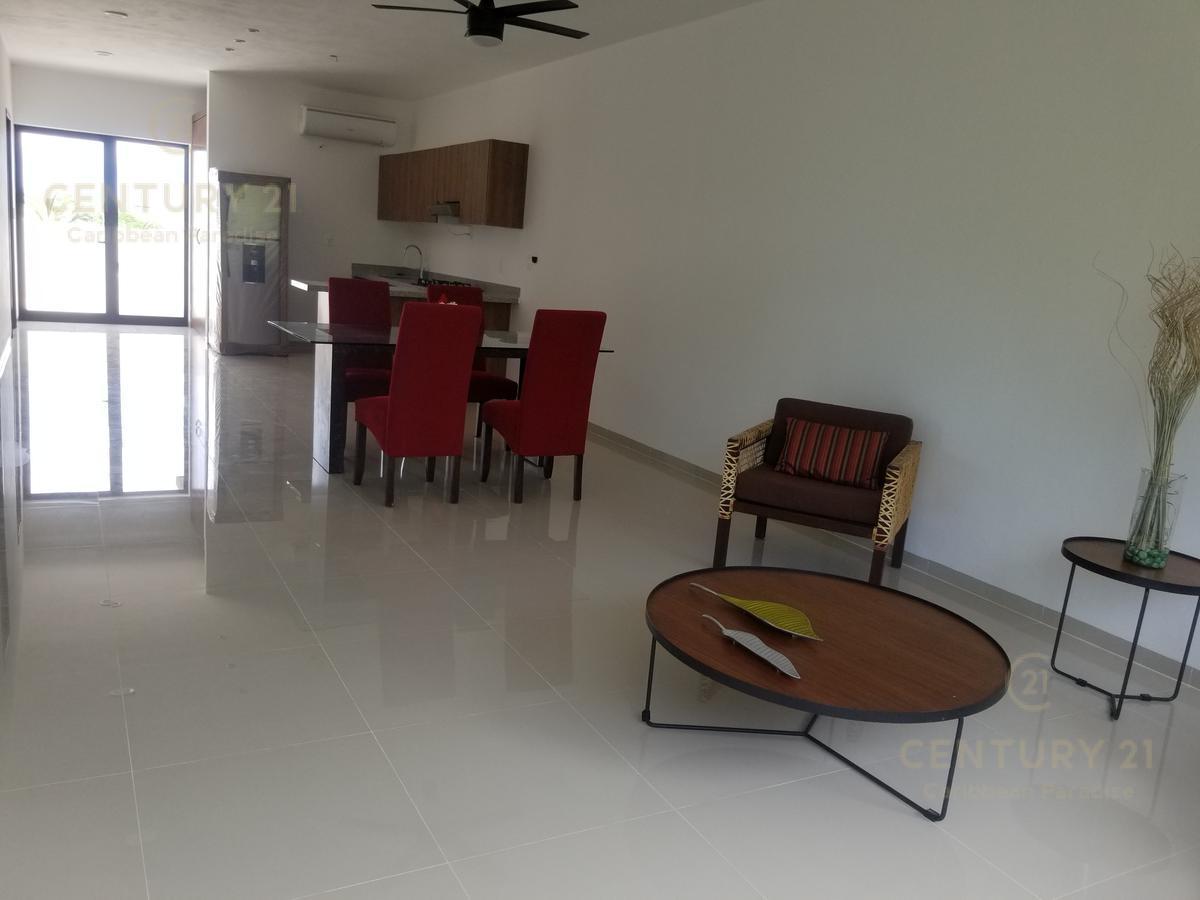 Playa del Carmen Apartment for Rent scene image 15