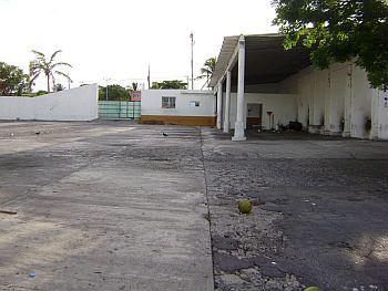 Foto Local en Renta en  Boca del Río Centro,  Boca del Río  Av. Revolución y Av. Canales S/N, entre Blvd. Miguel Alemán y H. Galeana, Col. Centro, Boca del Río, Veracruz