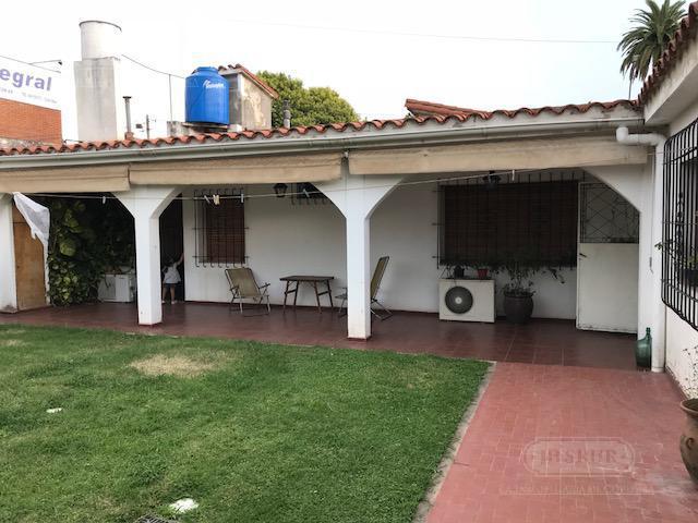 Foto Casa en Venta en  Jardin,  Cordoba  Av. Valparaiso al 3000