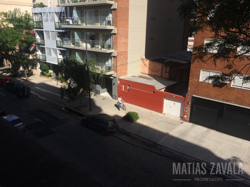 Foto Local en Alquiler en  Villa Urquiza ,  Capital Federal  Cullen al 4800