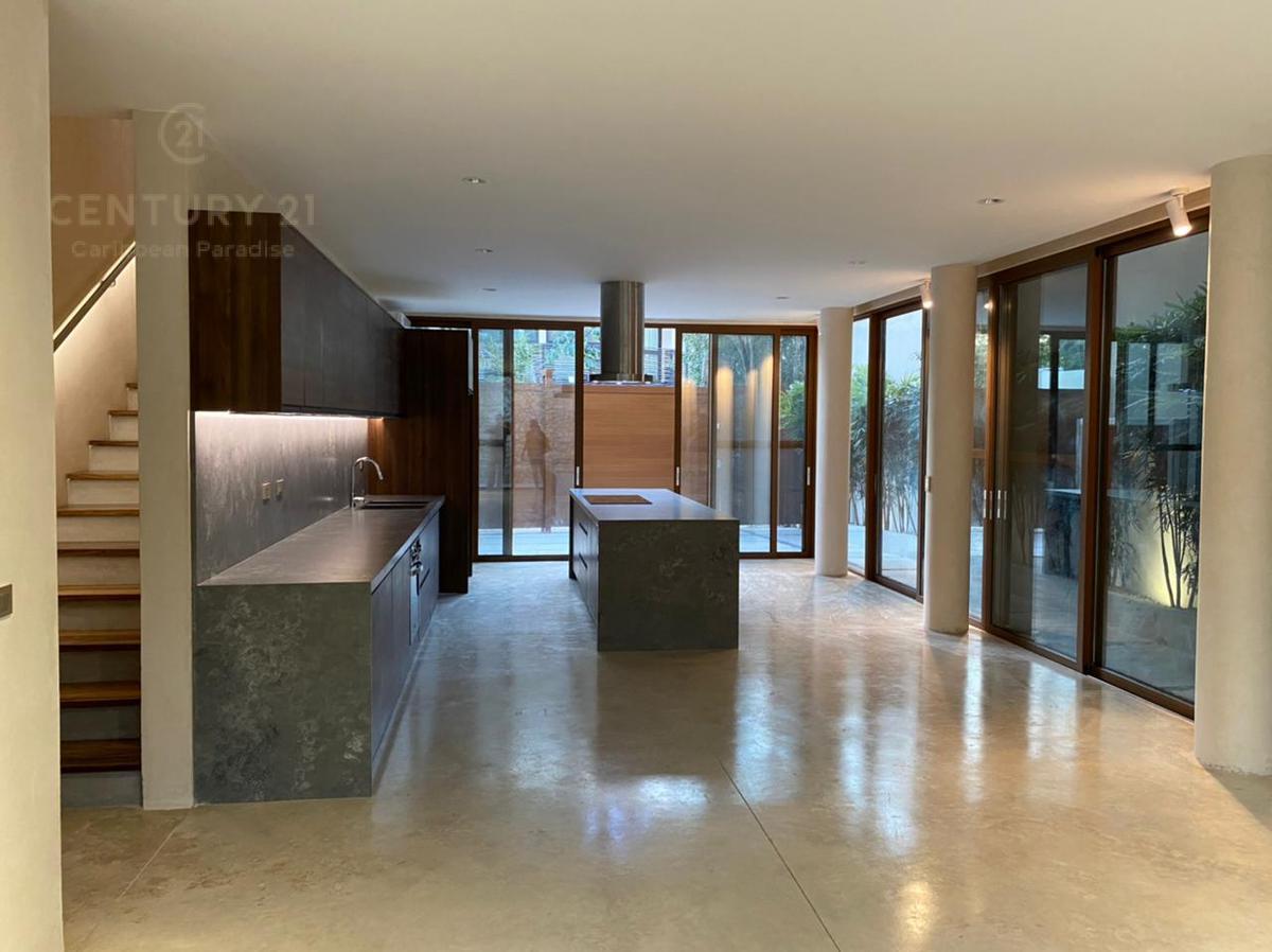 La Veleta House for Sale scene image 29