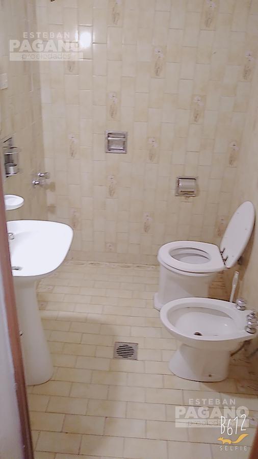 Foto Casa en Venta en  Ensenada,  Ensenada  Independencia N°966 (esquina Saavedra)