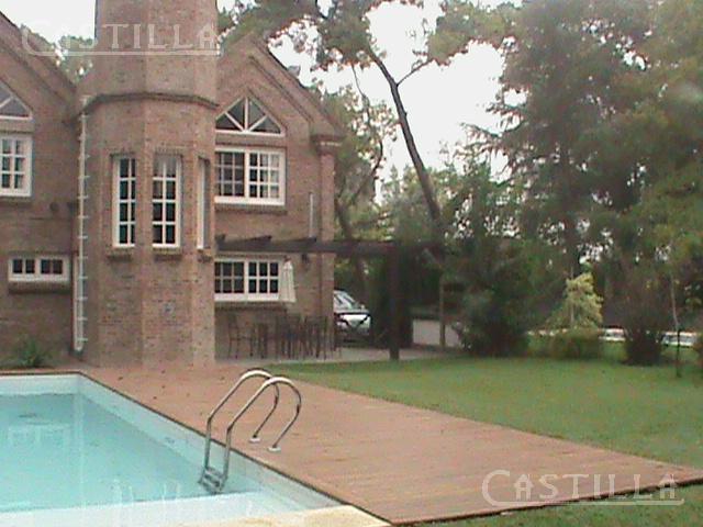 Foto Casa en Venta | Alquiler en  Aranzazu,  Countries/B.Cerrado  Barrio Golf