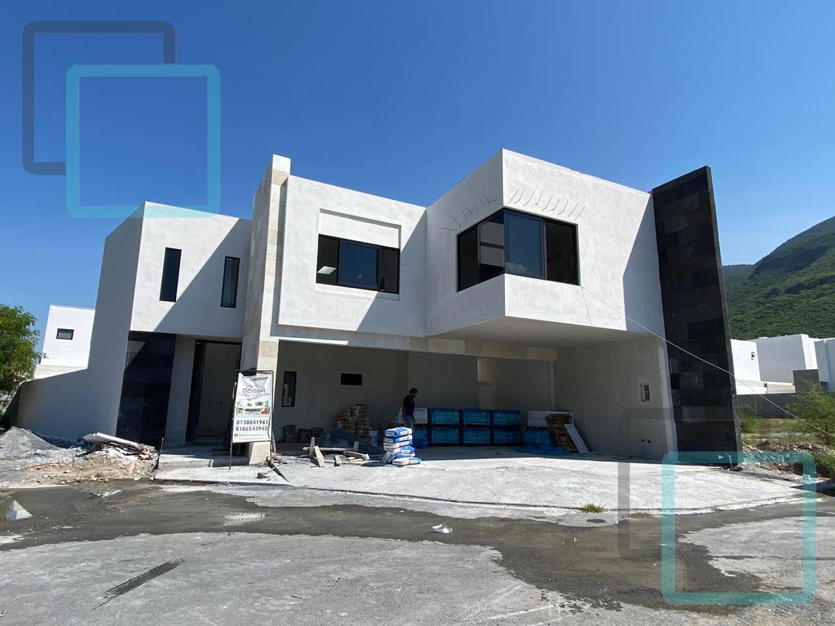 Foto Casa en Venta en  Landeras Caranday,  Monterrey  CASA EN VENTA LADERAS CARANDAY ZONA CARRETERA NACIONAL MONTERREY