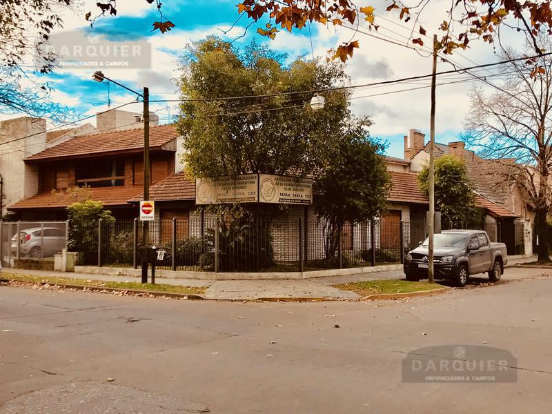 Foto Local en Venta en  Adrogue,  Almirante Brown  SOMELLERA ESQUINA NOTHER