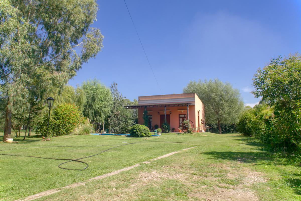 Foto Casa en Venta en  Nueva Hermosura,  La Plata  639 e 129 y 130 - La Nueva Hermosura
