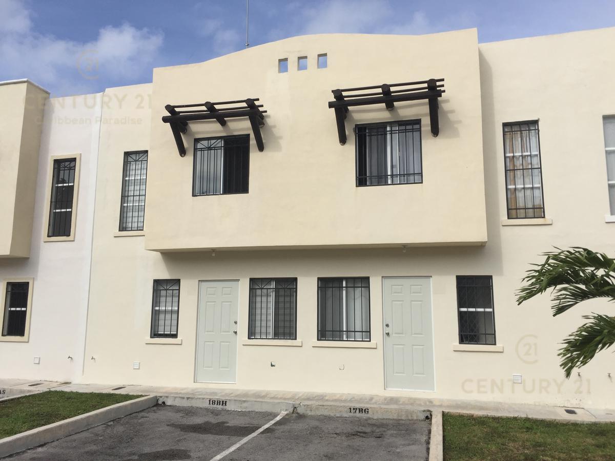 Foto Casa en Renta en  Playa del Carmen ,  Quintana Roo  RENTO Casa de 2 recamaras semiamueblada y equipada, Playa del Carmen P3100