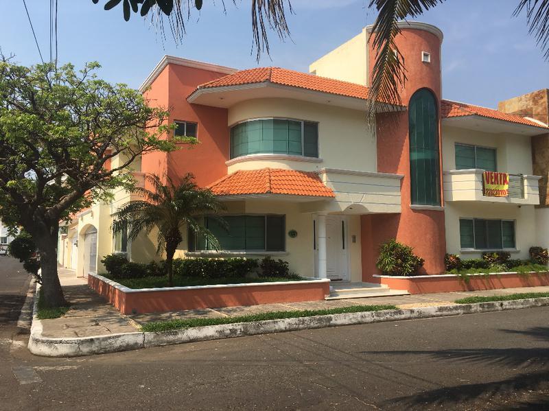 Foto Casa en Venta en  Fraccionamiento Costa de Oro,  Boca del Río  Calle Sábalo