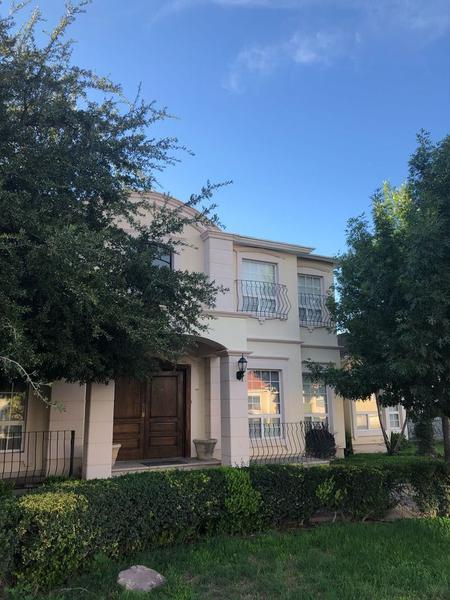 Foto Casa en Renta en  Hacienda Santa Fe,  Chihuahua  CASA EN VENTA EN SANTA FE CON ALBERCA