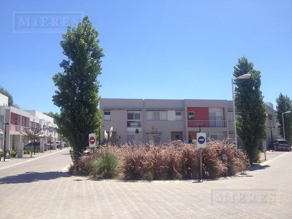 Triplex en venta en Milberg Town